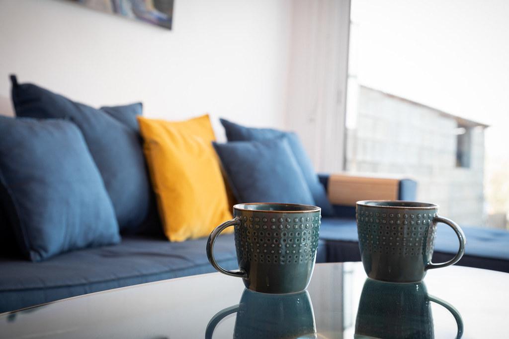 COFFEE CUPS VINE COTTAGE