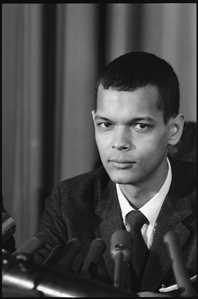 [Julian Bond, member of the Georgia House of Representatives, head-and-shoulders portrait, facing front] (LOC)