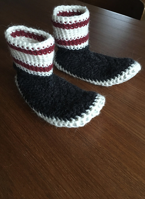 Victoria knit this pair of Sheepskin Slippers for Adult by Christine Kitchen for grandmother using Bergere de France Merinos Alpaga.