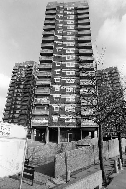 Tustin Estate, Old Kent Rd, Peckham, Southwark, 1989 89-3c-11