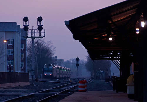 njt njtransit boundbrooknj raritanvalleyline rvl train railfan railroad sunrise bombardier alp45dp