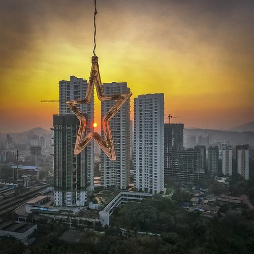 skyline mumbai urbanlandscape hirise star dusk sunset sun warmsky