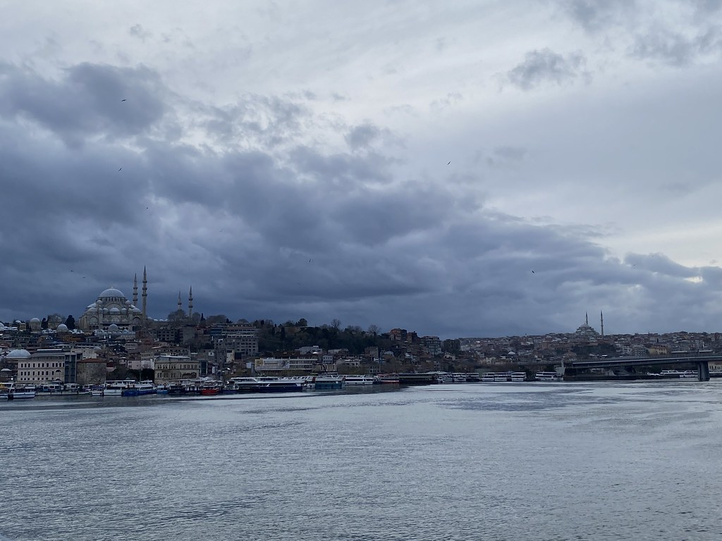Стамбул онлайн: знакомство с городом при коронавирусных ограничениях