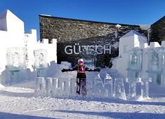 Ledové sochy u výstupu lanovky Gütsch-Express