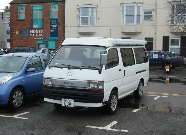 Toyota HiAce Camper (1992)