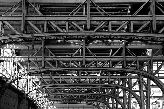 Hamburg main station roof, detail