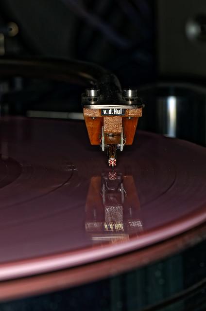 The Colibri riding the pink vinyl