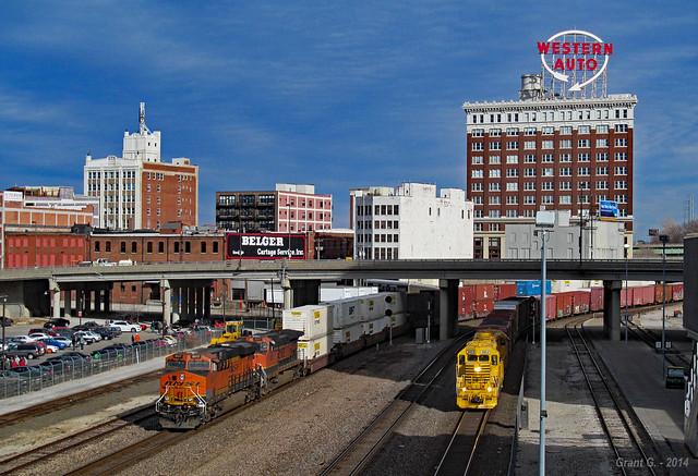 BNSF and KCT Trains in Kansas City, MO