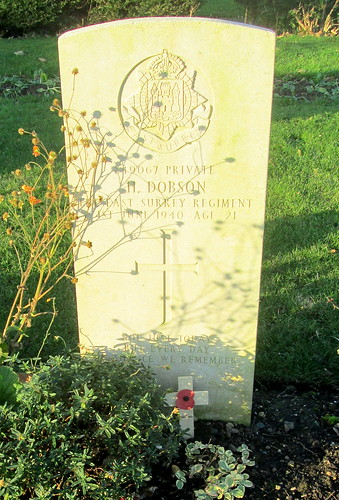 Hebburn, Second World War Grave