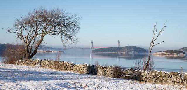 Tjörn Bridge winter view