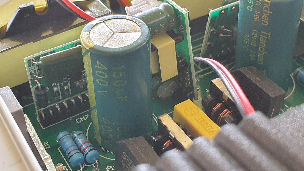New charger capacitor