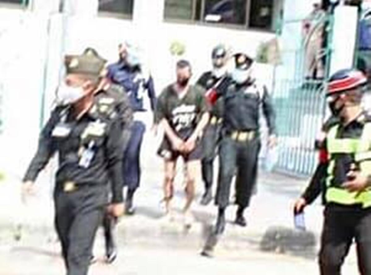 คุมตัว 'เยล มงคล' ส่งศาลทหาร ฝากขังที่กองเรือนจำมณฑลทหารบกที่ 11