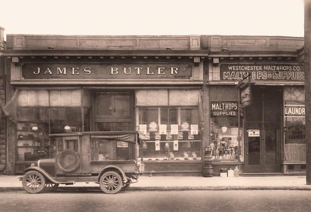 Grocery Store, Malt & Hops Company -- 1913