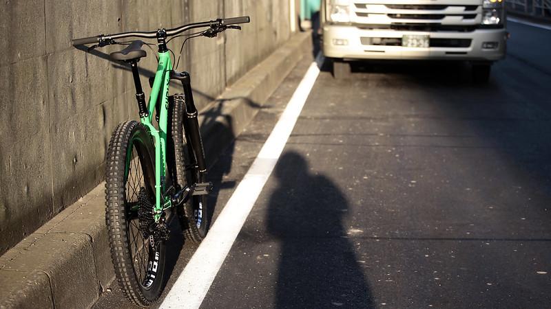 SURLY / KARATE MONKEY SUS / 27.5+ High Fiber Green