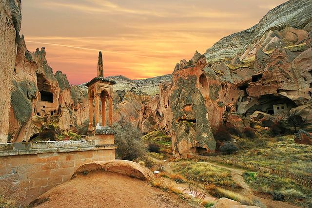 Zelve Vadisi'nde Mağara Camii