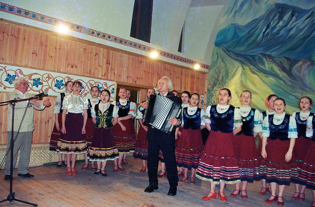Школа Щетинина: Колокола России 2004