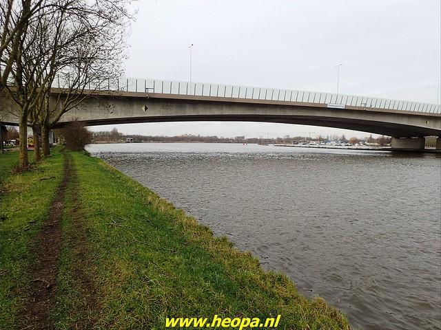 2021-01-30  Hollandsche Schouwburg via station Muiderpoort, Diemen, Station Weesp 50