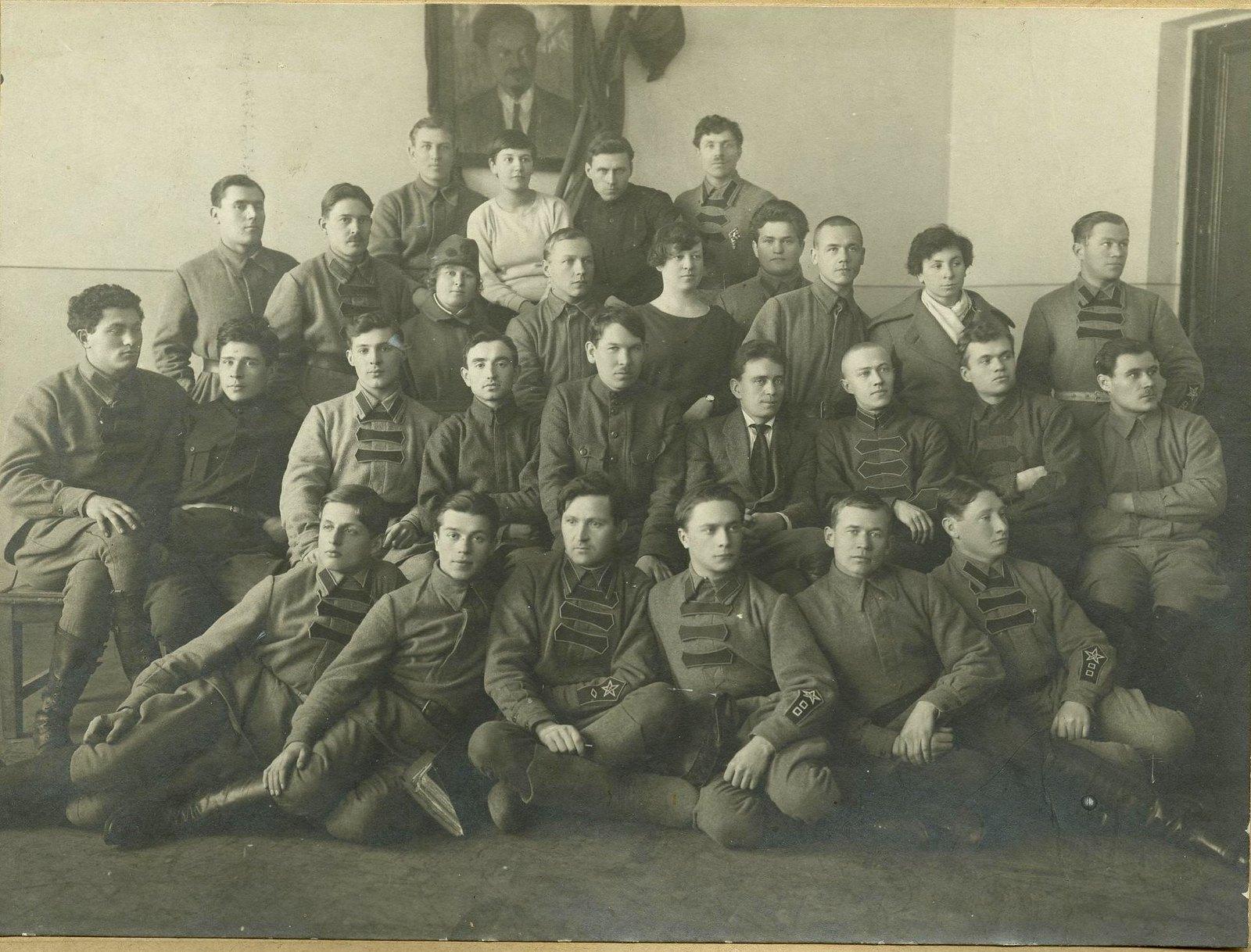 1919. Групповой портрет кавалеристов Кавказской армии