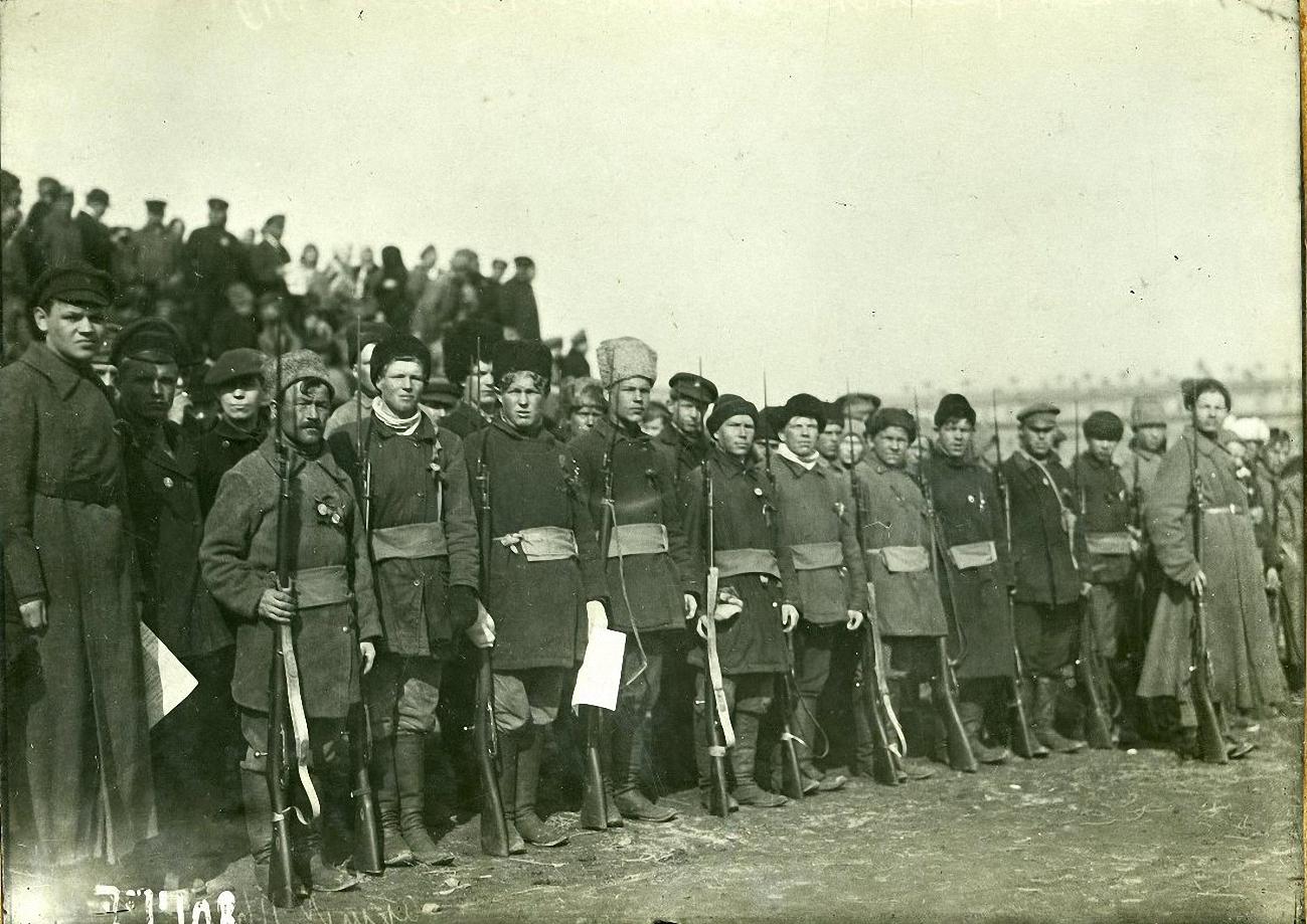 1918. Молодежь в полках деревенской бедноты