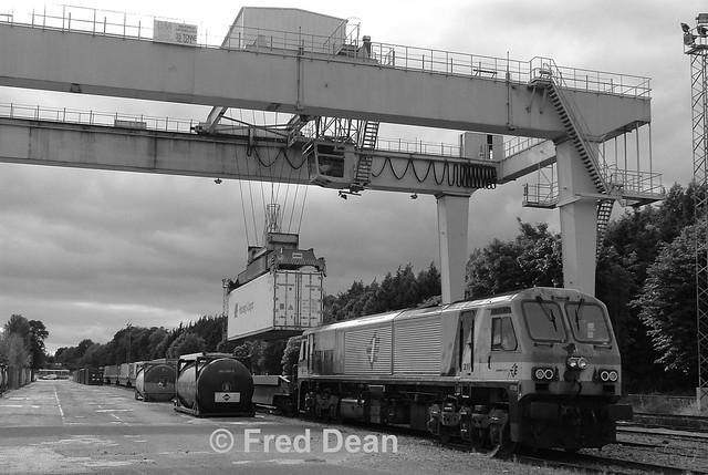 Irish Rail 211 in North Esk.