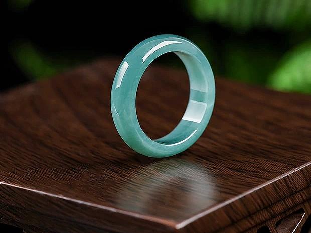 Jade Rings (rect)