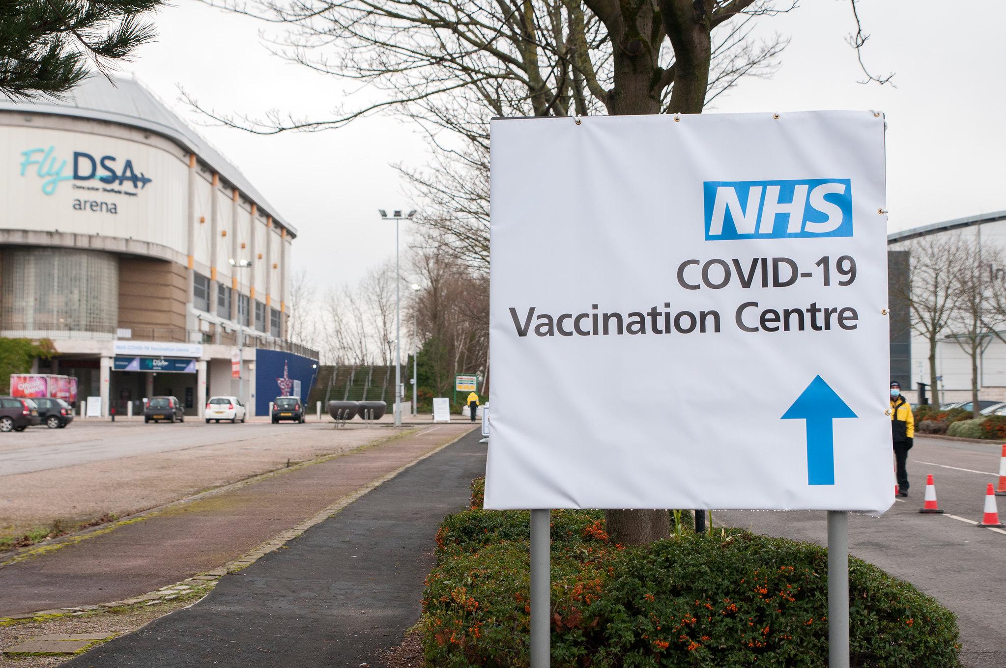 TUC เผยนายจ้างในอังกฤษให้ พนง. หยุดงานจ่ายค่าจ้างฉีดวัคซีน COVID-19 แค่ 45%