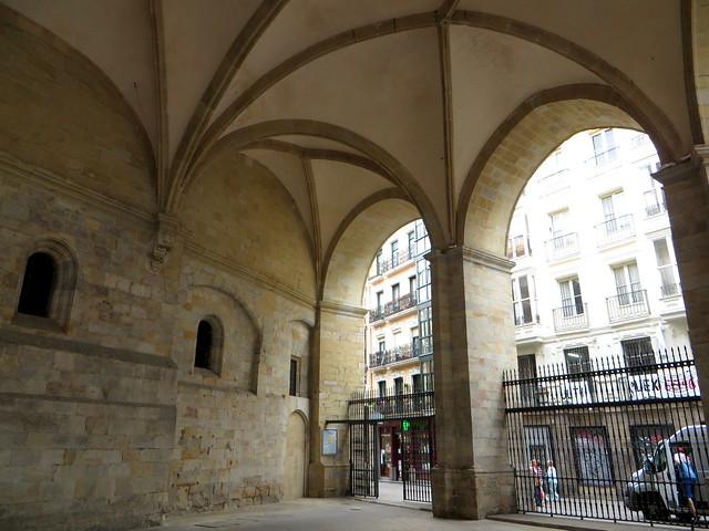 Grand portique, cathédrale de Santiago, XIVe, Bilbao, Biscaye, Pays Basque, Espagne.