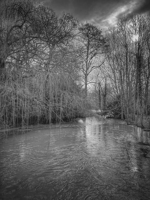 River Ter, Terling