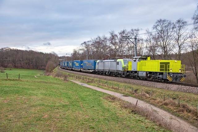 1375 + 475 424 - captrain + bls cargo - landgraaf - 2221