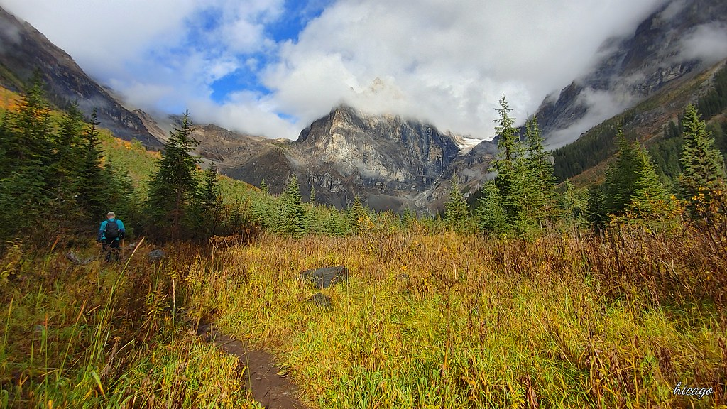 Скалистые горы Канады - убежище для хайкера.