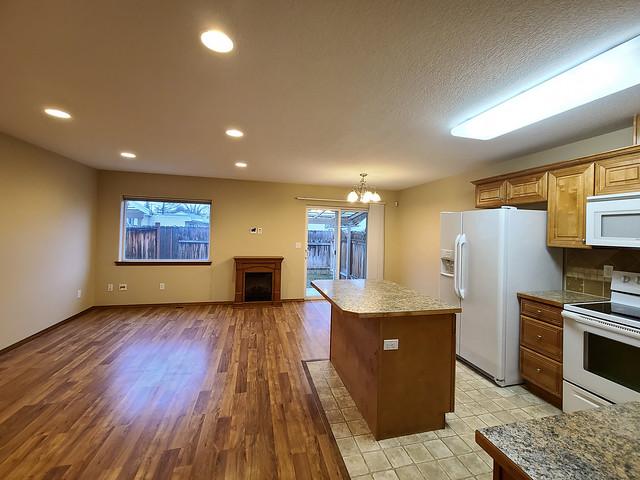 100 South Dawes Street, Apartment D, Kennewick, WA 99336 Condominium For Sale