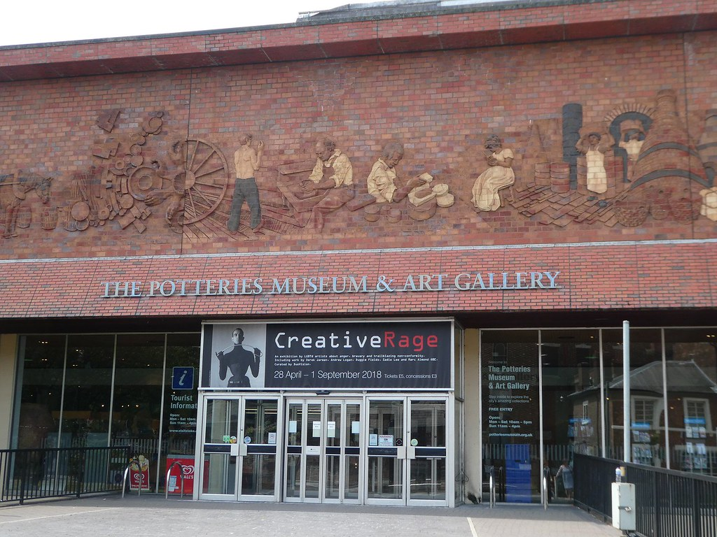 Potteries Museum & Art Gallery