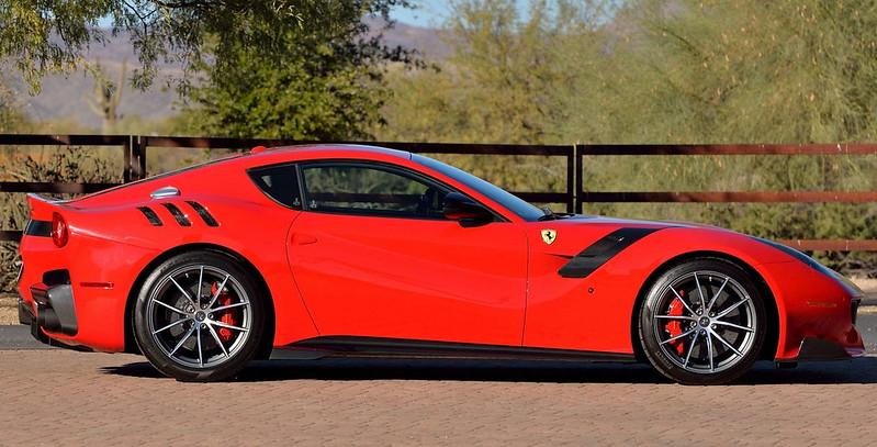 Ferrari-F12tdf (3)