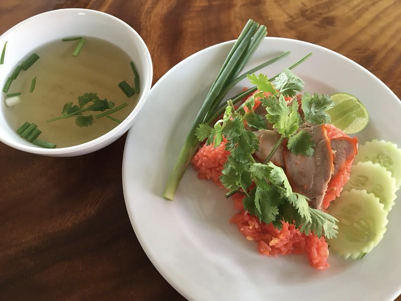 khao pad moo daeng カオパッドムーデーン