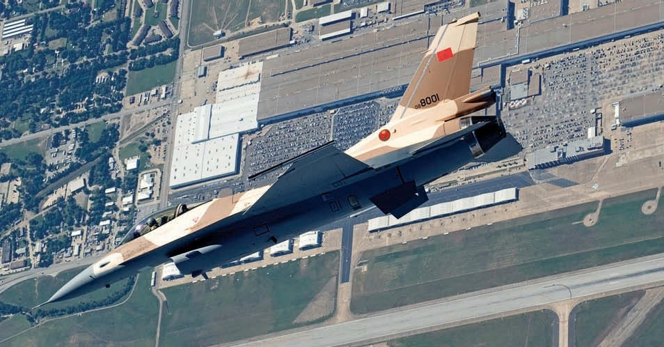 Moroccan F-16 Atlas Falcon / RMAF F16 block 52+ - Page 31 50903536767_a66a470fe8_o_d