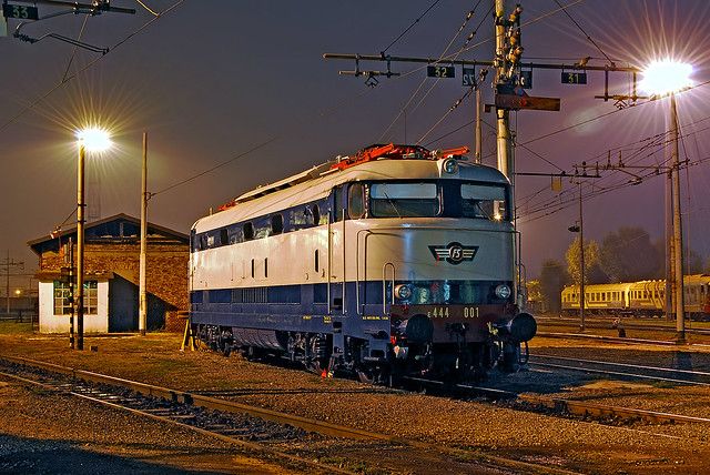 FS E444 001