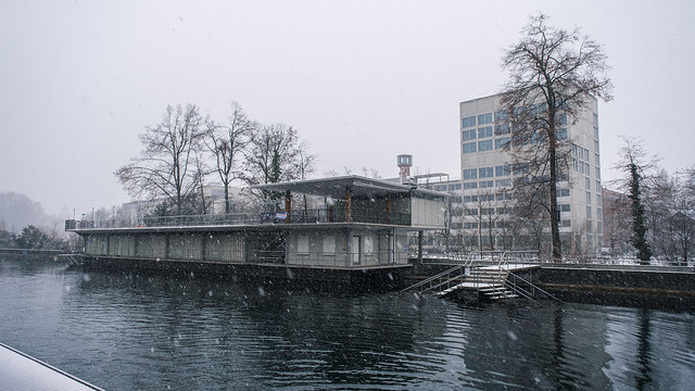 CH ZH Schneetreiben am Oberen Letten Zürich