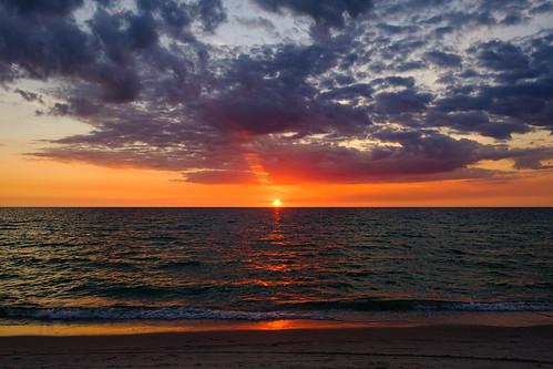 sunset sky clouds ocean water travel gulf gulfofmexico naples florida usa america unitedstatesofamerica nature landscape waterscape seascape beach tropics tropical fujifilmxt2 fujixt2 xf16mmf14 xf16mm xf16 fuji1614