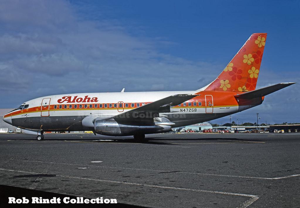 Aloha Airlines B737-159 N472GB