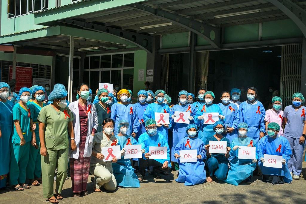 ภาพเจ้าหน้าที่พยาบาล และแพทย์ที่เข้าร่วม CDM จากแฟ้มภาพประชาไท เมื่อวันที่ 3 ก.พ. 2564