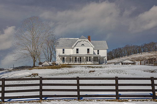 farmhouse abandoned snow landscape clouds monroecounty bobbell nikon d800 fence winter peterstown wv