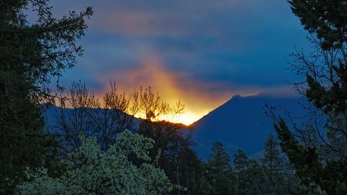 olympus hhhr handheldhires landscape sunrise rays clouds nature