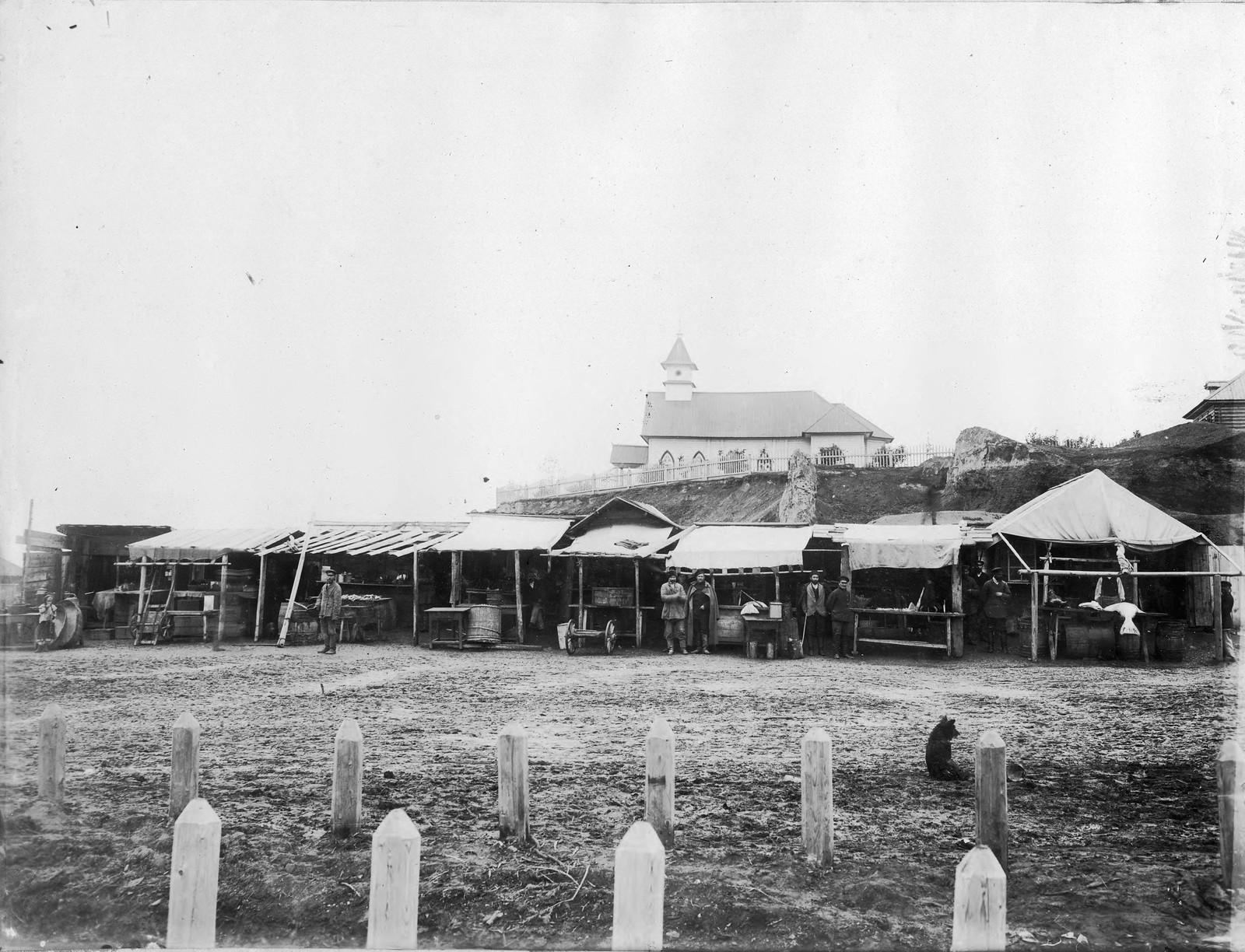 08. Базарная площадь (майданы)