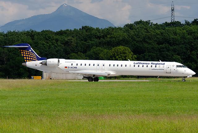 D-ACNB  Lufthansa Regional (Lufthansa CityLine) Bombardier CRJ-900 NG (CL-600-2D24)