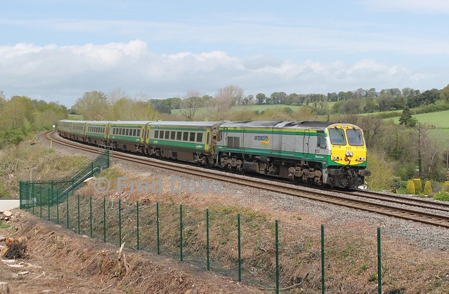Irish Rail 222 at Mallow Hospital.