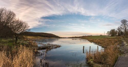 eastrenfrewshire landscape winter fence neilston walking waterscape panorama snypesdam scotland frozen reservoir glasgow