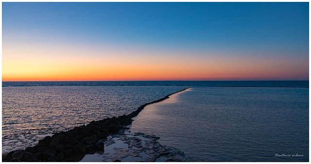 Atardecer en los corrales, líneas, texturas y colores //Sunset in the corrals, lines, textures and colors