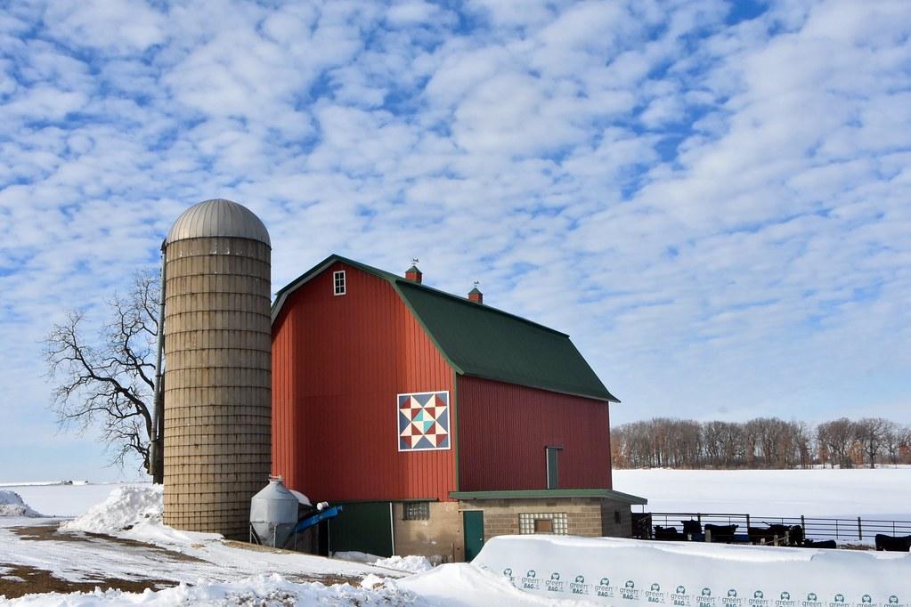 Walworth County, Wisconsin barn art  -  Explore 2-4-21