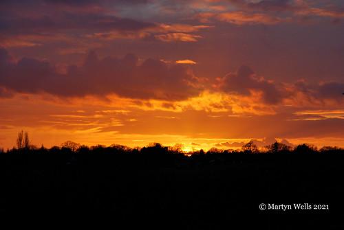 nikon d60 theamateursgroup thebestofnikon unlimitedphotos sunset landscape braintree braintreeessex essex silhouette golden sky sun