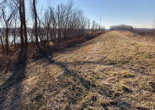 levee dianabend hiking walks winter scenery landscape
